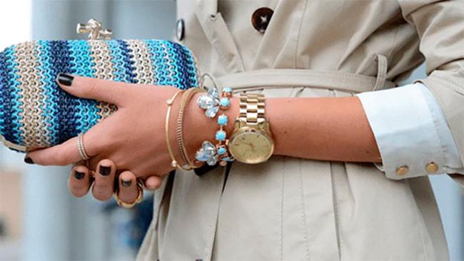 Як поєднувати годинник з браслетами?
