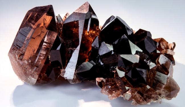 Раухтопаз — таємничий магічний камінь